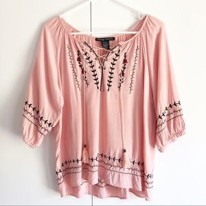 Simply Irresistible embroidered peasant blouse.